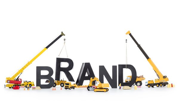 4 ways small businesses can build their brand